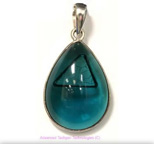 Tachyon Unframed Teardrop Pendant Set in Silver - Emerald